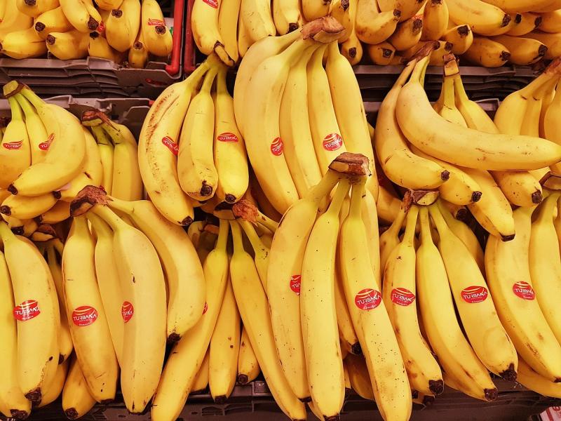 Banana-2780008_1280