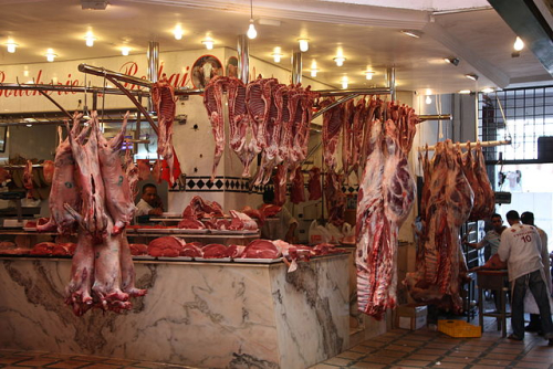 Butcher's_shop_at_Moroccan_bazar